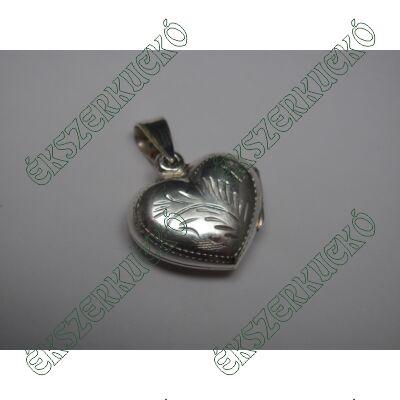 Ezüst szív alakú nyitható medál
