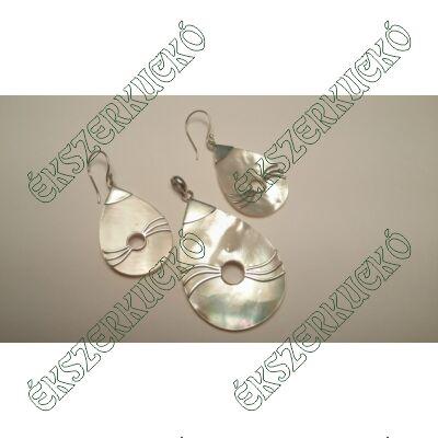 Ezüst gyöngyházas medál és fülbevaló szett