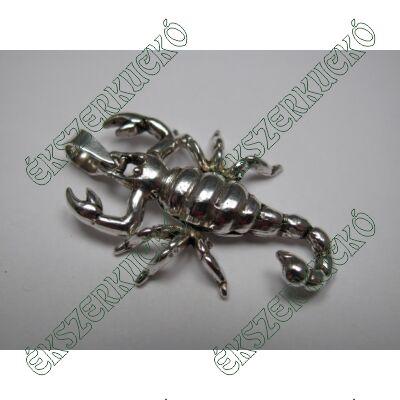 Ezüst skorpió medál