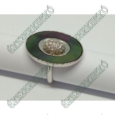 Ezüst gyűrű cirkónia kövekkel és kagylóval kombinálva