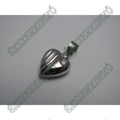 Fehérarany szívmedál cirkónia kővel